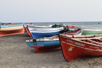 small_fishing_vessels_2